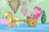 Pinkie Pie on wagon S2E02