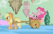 Pinkie Pie on wagon S2E02