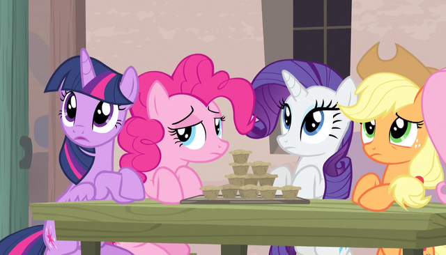 File:Twilight and friends listen to Sugar Belle S5E1.png