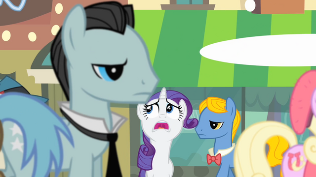 File:Rarity 'This town's too big...' S4E08.png