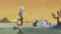 Discord pacing back and forth S6E25