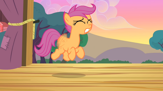 File:Scootaloo tries to fly even harder S4E05.png