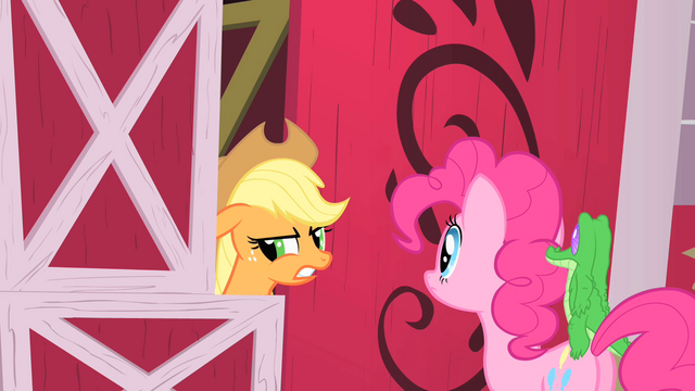 File:Applejack and Pinkie S01E25.png