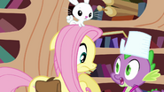 "Spike surprises Fluttershy ""what was that?"" S03E11"