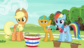 AJ, Rainbow, and Snails look at Fluttershy and Pinkie S6E18.png