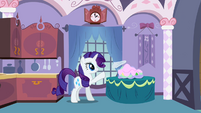Rarity cleans the kitchen S2E05