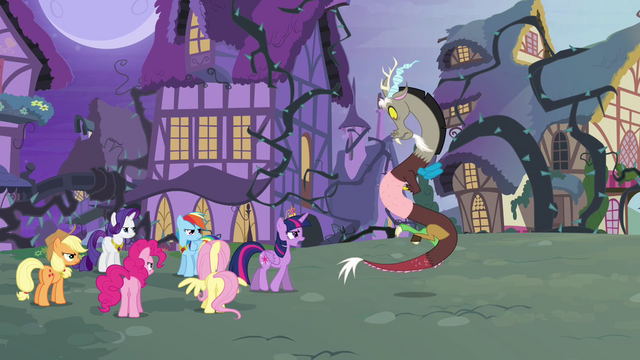 File:Twilight accuses Discord S4E01.png
