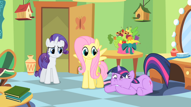 File:Twilight struggling to keep secrets S01E20.png