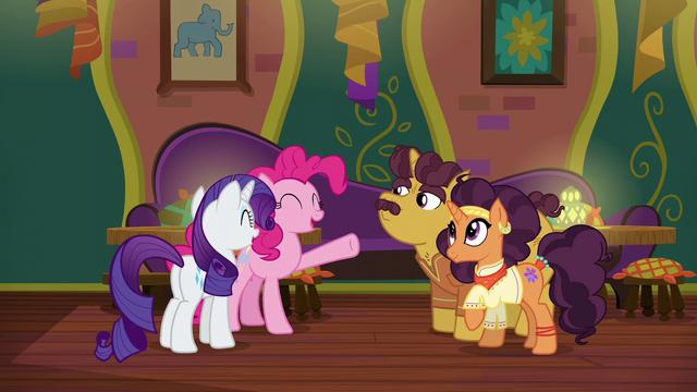 File:Pinkie Pie initiates a group hug S6E12.png