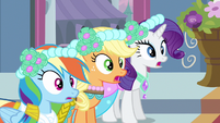 Rarity & Rainbow Dash gasp! S2E26