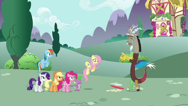 File:Discord drops the plate S4E26.png