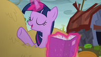 "Twilight Sparkle ""not to worry"" S5E23"