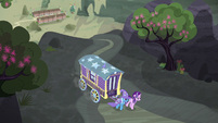 Starlight and Trixie leaving Our Town S6E25