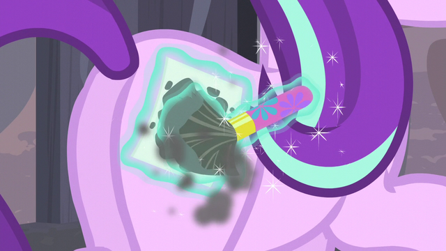 File:Starlight paints equal sign cutie mark on her flank S5E02.png