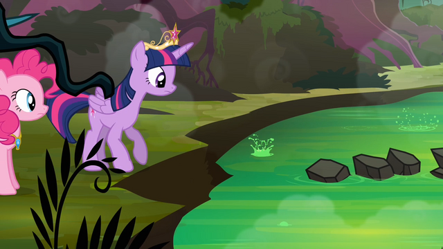 File:Twilight about the cross the creek S4E02.png