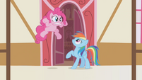 Pinkie Pie's jumping hiccup S1E5