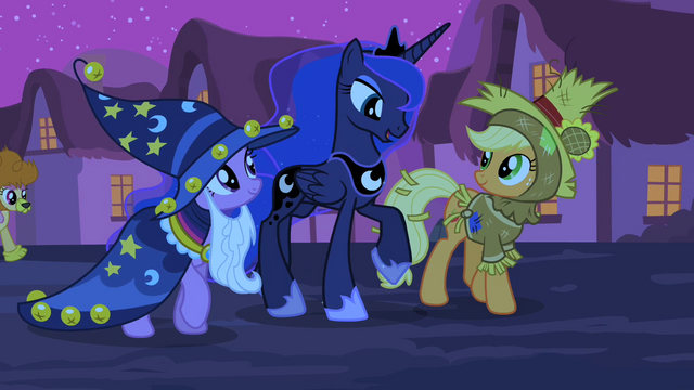 File:Luna walking with Twilight and Applejack S2E04.png