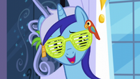"Minuette ""invited her out a few times after that"" S5E12"