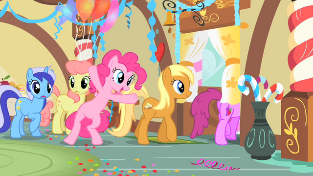 File:Pinkie Pie leaving with the other ponies S1E22.png