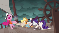 Ponies fight over the map in Applejack's story S6E22