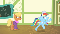Rainbow Dash stops herself again S4E05