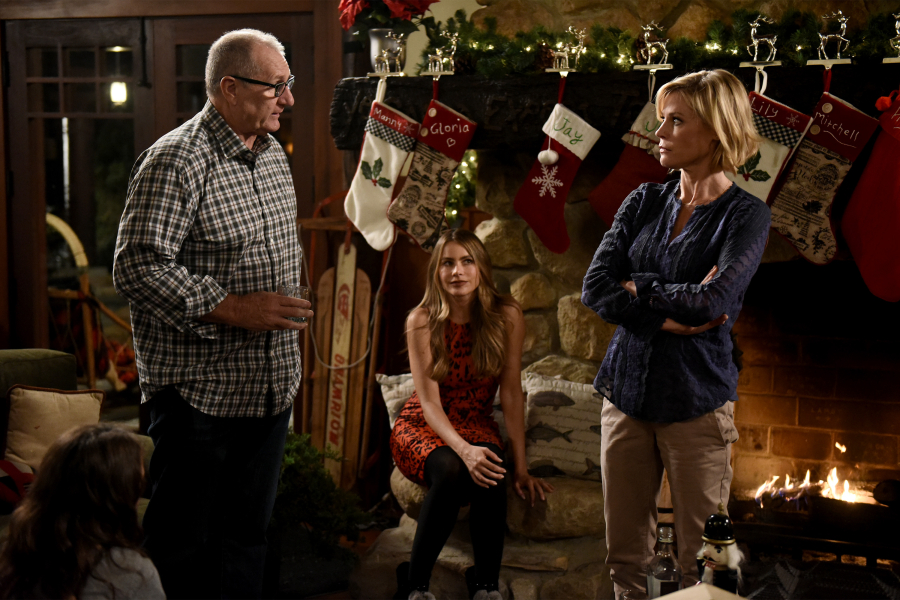 White Christmas | Modern Family Wiki | FANDOM powered by Wikia