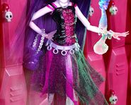 Diorama - dress of Spectra