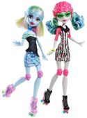 Doll stockphotography - Skultimate Roller Maze Abbey and Ghoulia
