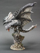 Capcom Figure Builder Creator's Model Silver Rathalos 001