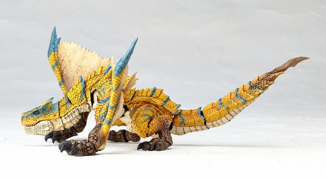 File:Revoltech-Tigrex Figure 002.jpg