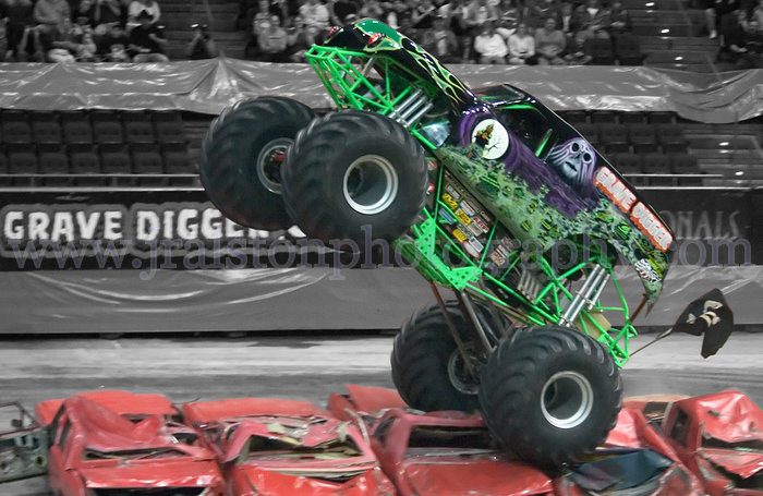 grave digger 12 monster trucks wiki fandom powered by wikia. Black Bedroom Furniture Sets. Home Design Ideas