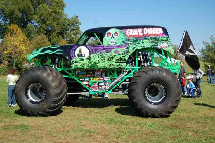 grave digger 20 monster trucks wiki fandom powered by wikia. Black Bedroom Furniture Sets. Home Design Ideas
