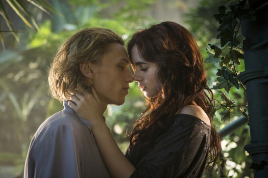 Kiss in the Greenhouse  Jace And Clary Kiss Movie