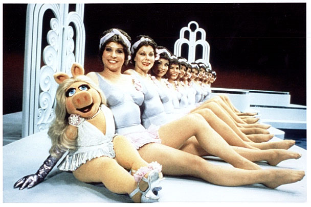 File:MuppetCaperWaterBallet.jpg