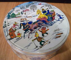 Wilton 1979 cookie cutters tin 1