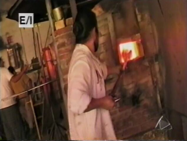 File:GlassBlowing.jpg