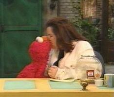 Kiss elmo rosie sesame set