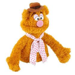 ToysRUs-2014-FAOSchwarz-Puppet-Fozzie