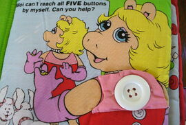 Soft play miss piggy goes to market 2