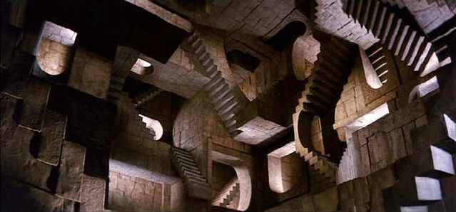 File:Illusionary maze.JPG