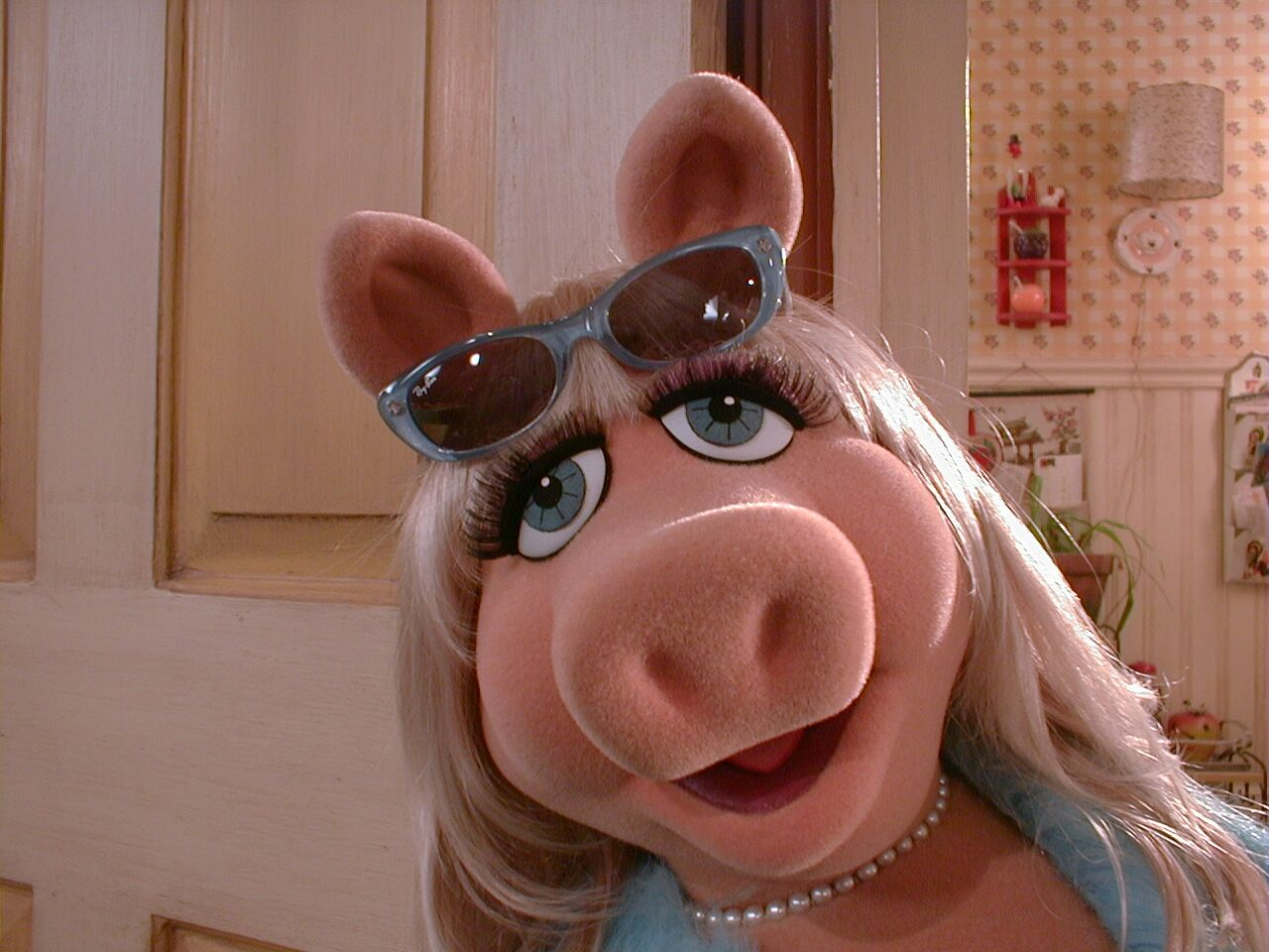 Miss Piggy S Alternate Ages Muppet Wiki Fandom Powered