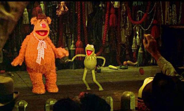 File:Kermit and fozzie dance.JPG
