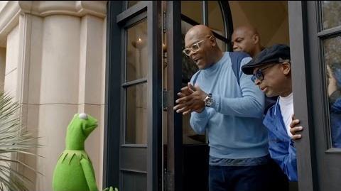 Capital One Bowl Mania Kermit