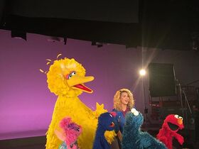 ToriKelly-Sesame2