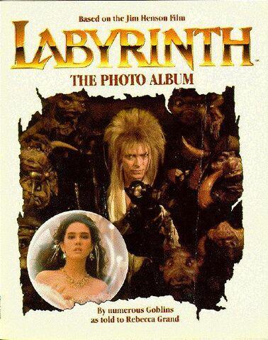 File:Labyrinthphotoalbum.jpg