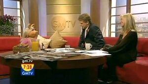 MissPiggyGMTV10292007