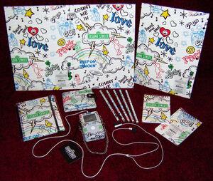 HelloKittyStore-Sesame-BackToSchoolStuff-2006