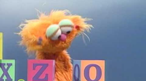Sesame Street My Name Is Zoe