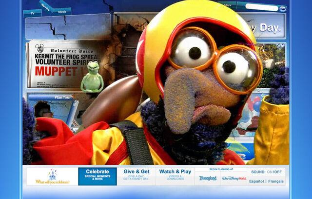 File:Disneyparksgive.com-27.jpg