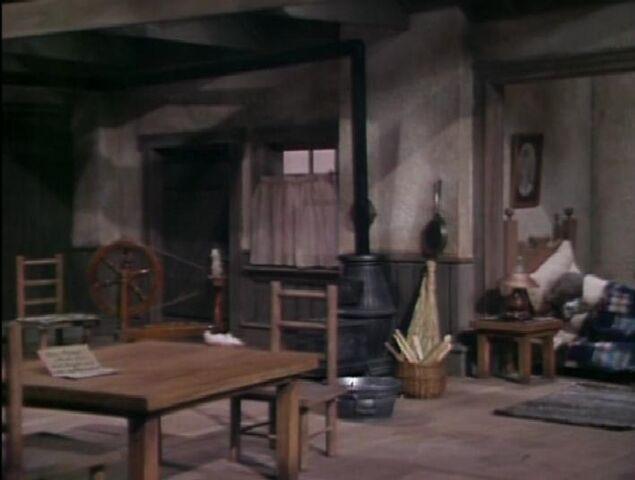 File:Emmet's Home Inside.JPG